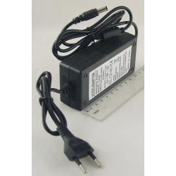 Блок питания (13,5V 3,5A) толст. штек. (5,5*2,5) №135-305