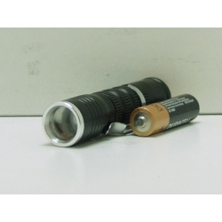 Фонарь светодиодный (1 мощ. 1AAА) №851-1 100W с прищеп. zoom